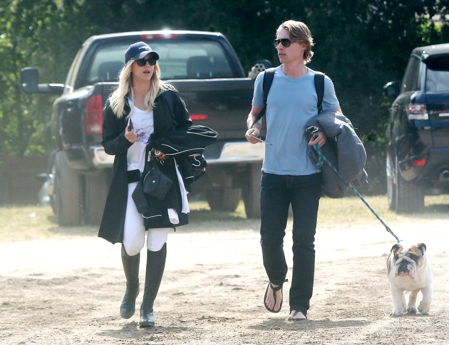 1-Kaley-Cuoco-and-Karl-Cook-start-dating-March-2016