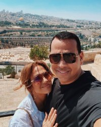 An Unforgettable Selfie Jennifer Lopez and Alex Rodriguez Family Trip to Israel