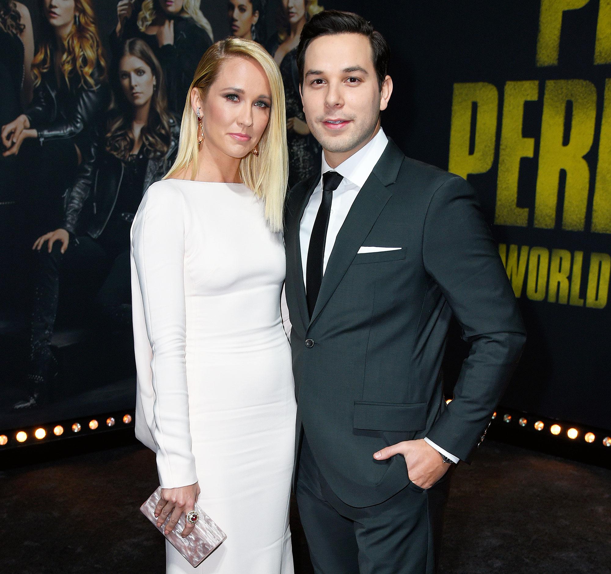 Anna Camp and Skylar Astin Finalize Divorce