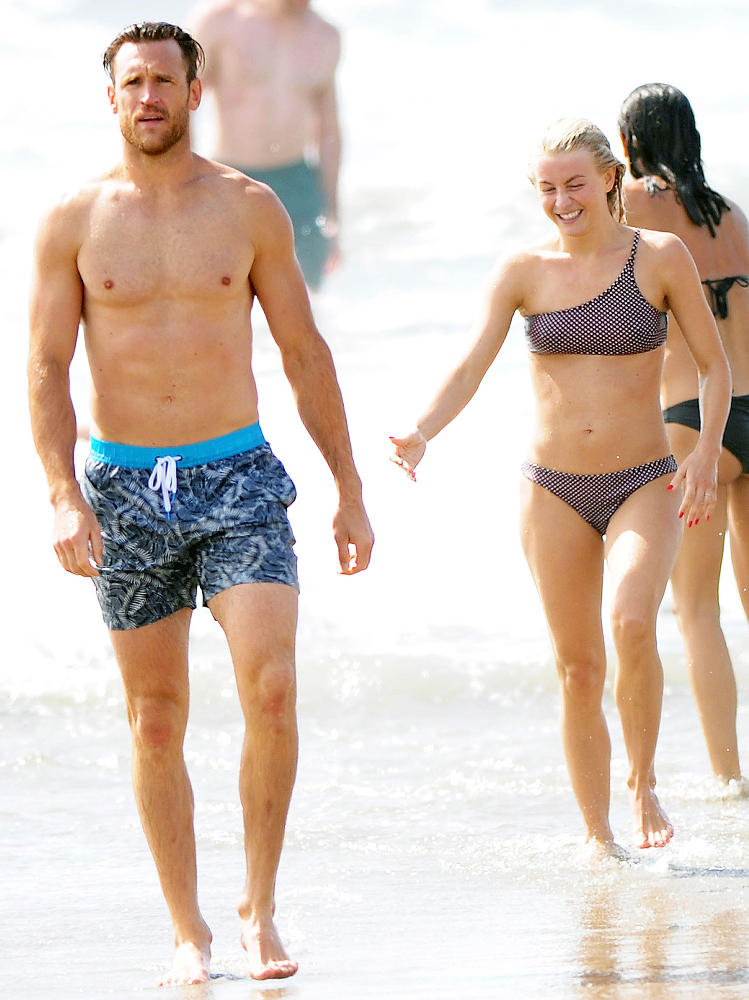 Julianne Hough Marries NHL Player Brooks Laich in Lavish