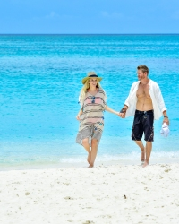 Chad Michael Murray Looks Smoking Hot on 38th Birthday Trip to Turks and Caicos With Wife Sarah Roemer