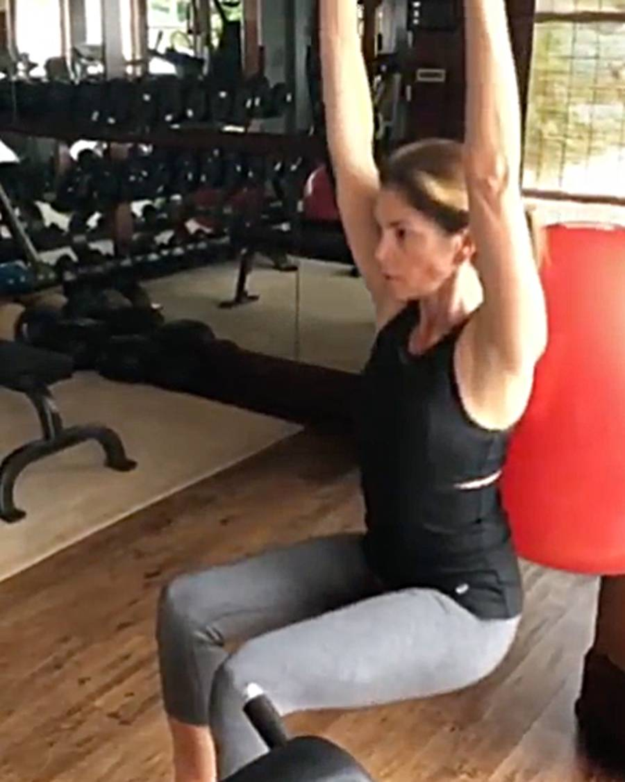 Cindy Crawford At Gym