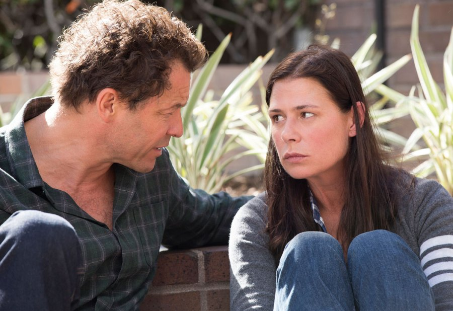 Dominic West as Noah and Maura Tierney as Helen in The Affair
