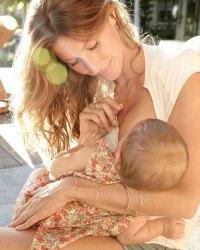 Gisele Bündchen Breast Feeding Instagram