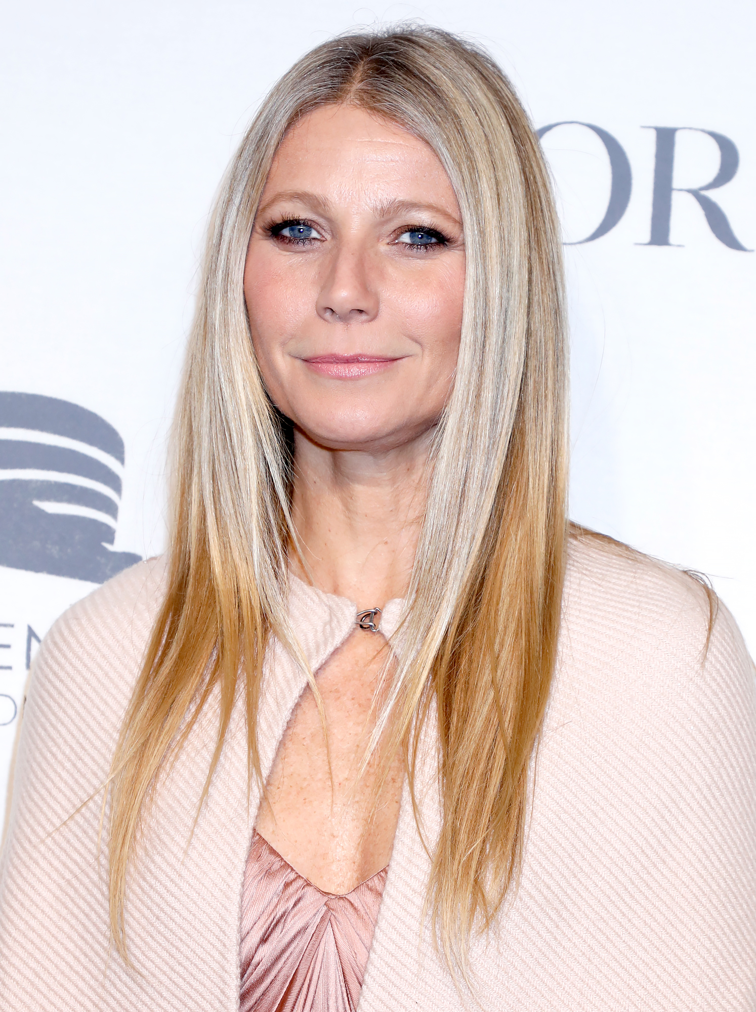 Gwyneth-Paltrow-Curses-Out-Instagram-User-Who-Questions-Her-Cooking-Skills