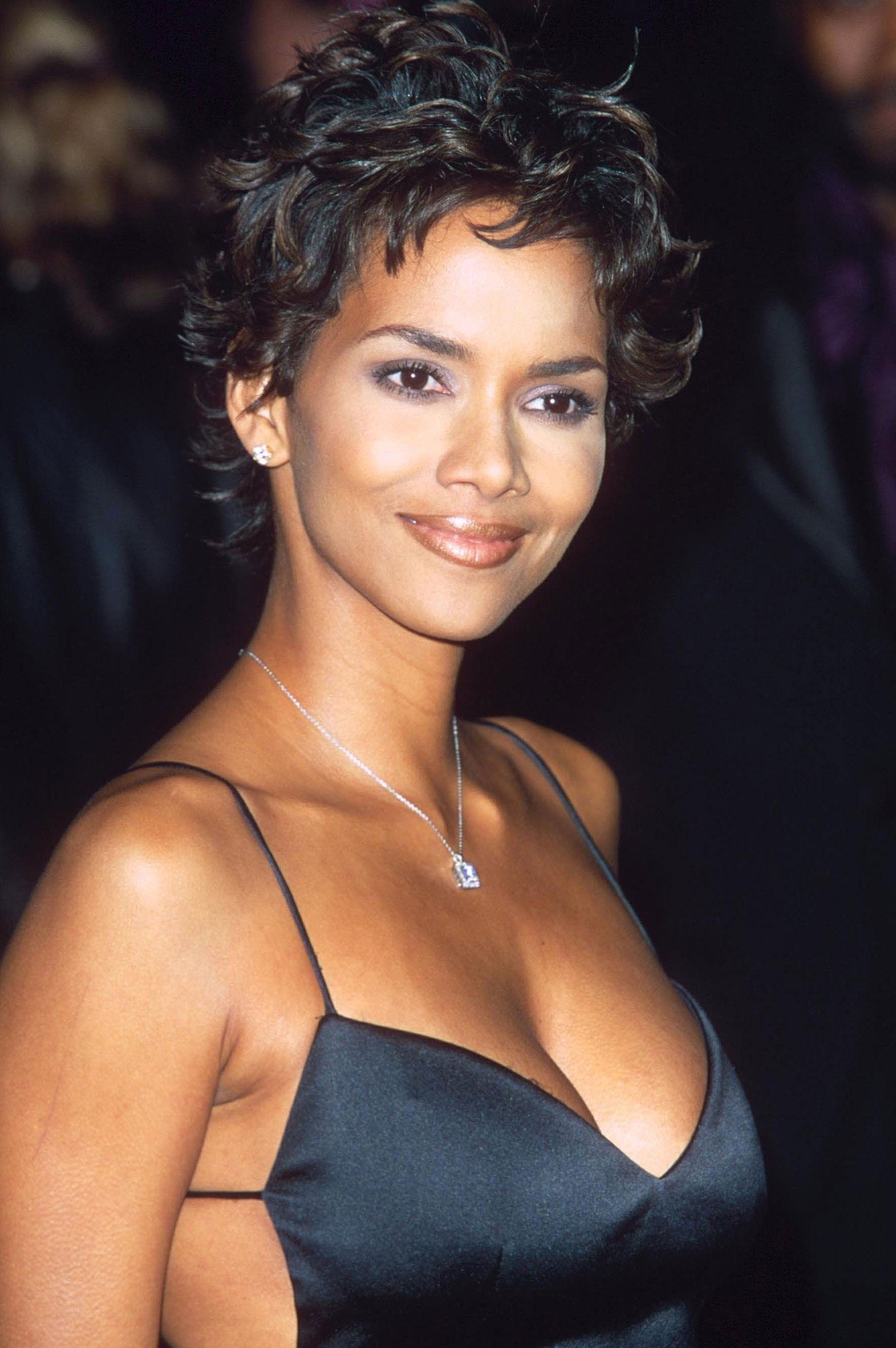 halle berry on her iconic '90s pixie cut