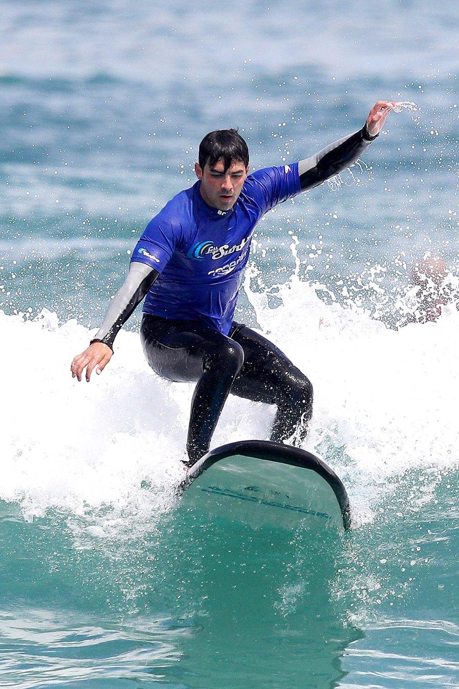 Joe-Jonas-surfing