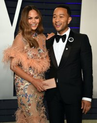 John Legend Proves He's An 'Instagram Husband' After Chrissy Hilariously Calls Him Out-main