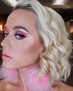 Katy Perry's 'Euphoria'-Inspired Makeup Look With Crystals: Pics