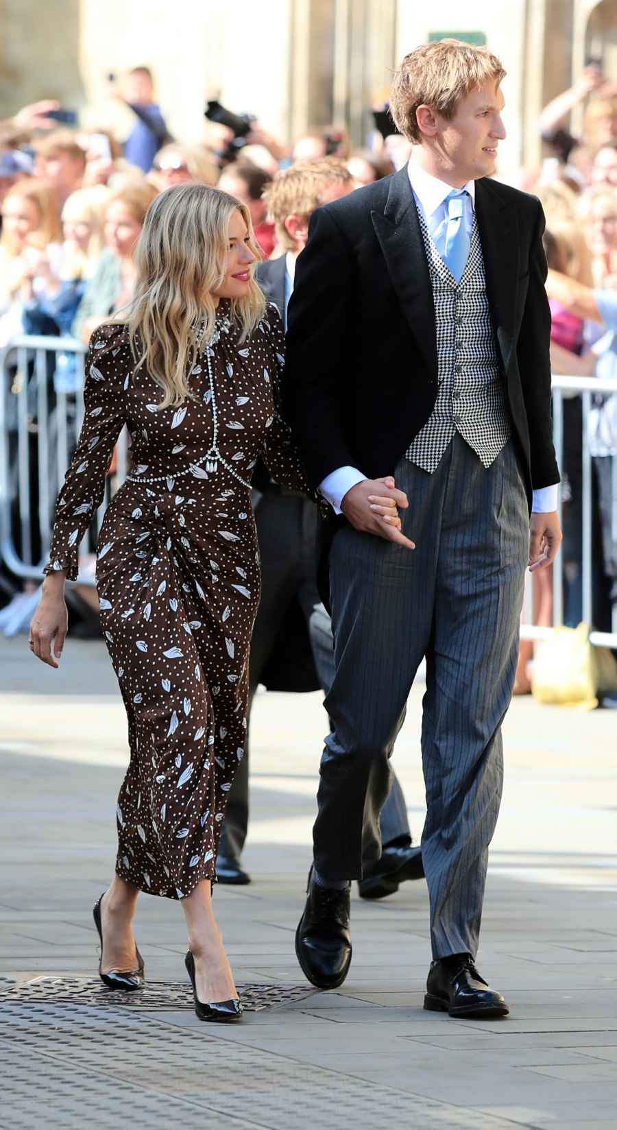 Sienna Miller, Lucas Zwirner Katy Perry, Orlando Bloom, Princess Beatrice and More Celebrity Guests Attend Ellie Goulding's Wedding