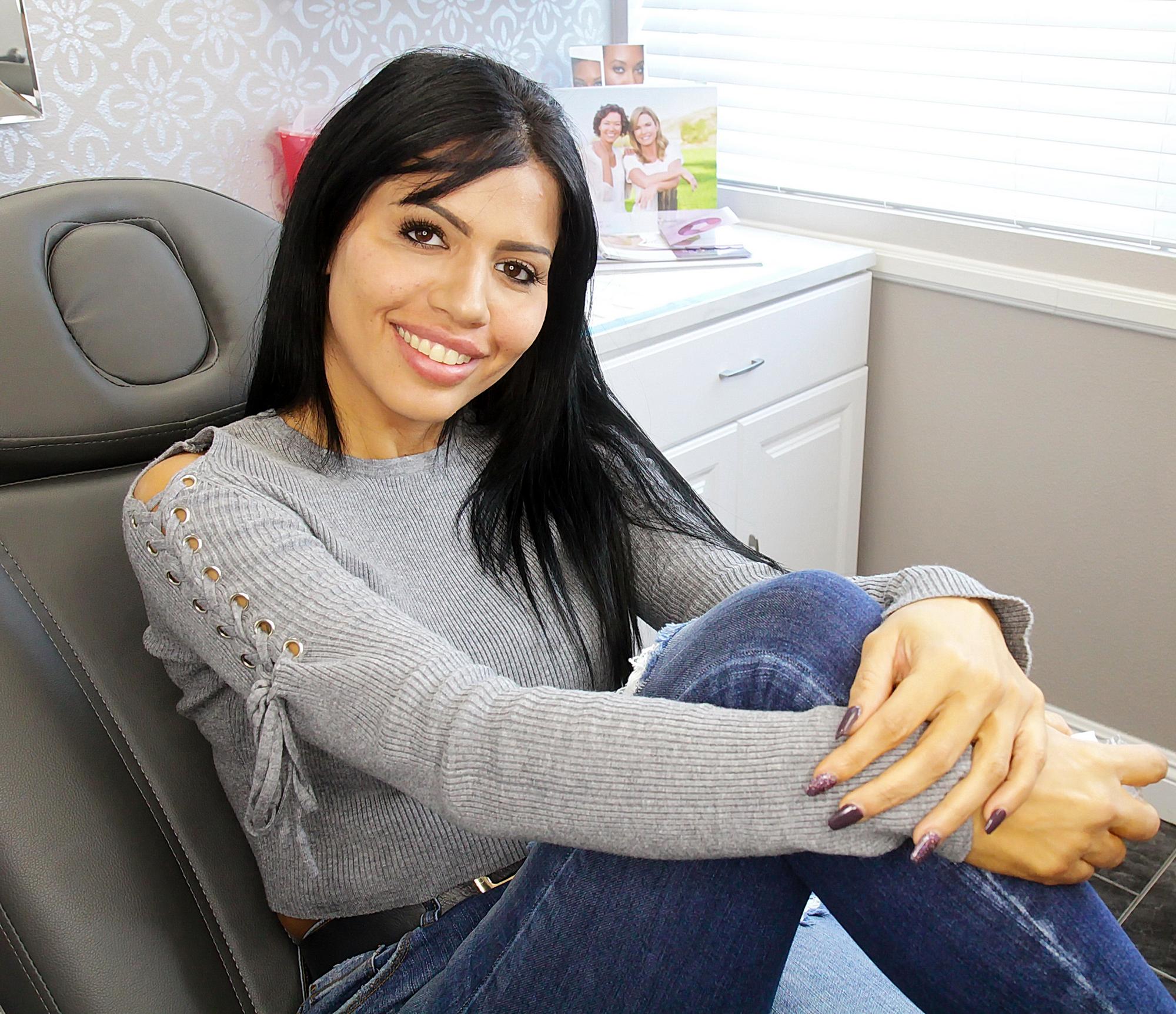 Larissa-Dos-Santos-Lima-addicted-to-plastic-surgery