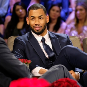 Mike Johnson Denies Hes Not Into Women of Color After Caelynn Miller-Keyes Date