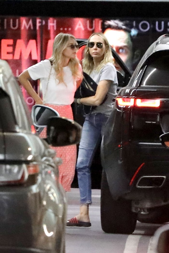Miley Cyrus and Kaitlynn Carter Grab Lunch in L.A. With Singer's Mom Tish Cyrus