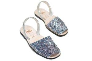 Mindy Kaling Twinning with Daughter Wearing Pons Shoes