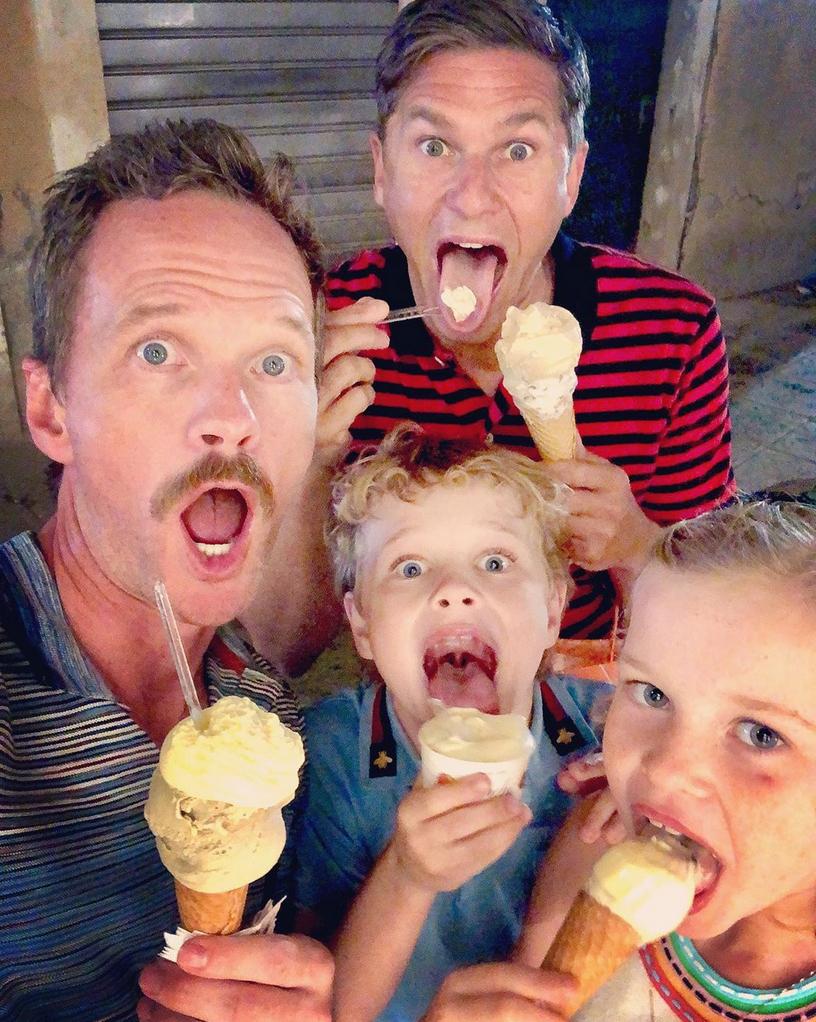 Neil-Patrick-Harris-family-ice-cream