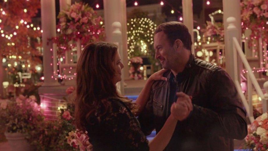 Netflix Gilmore Girls wedding rehearsal scene How Gilmore Girls' Scott Patterson Envisions Luke and Lorelai's Wedding