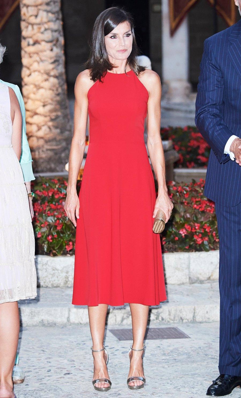 Queen-Letizia-red-dress