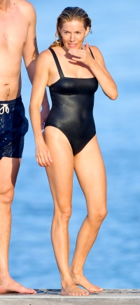 Sienna Miller Beach Body Is Incredible