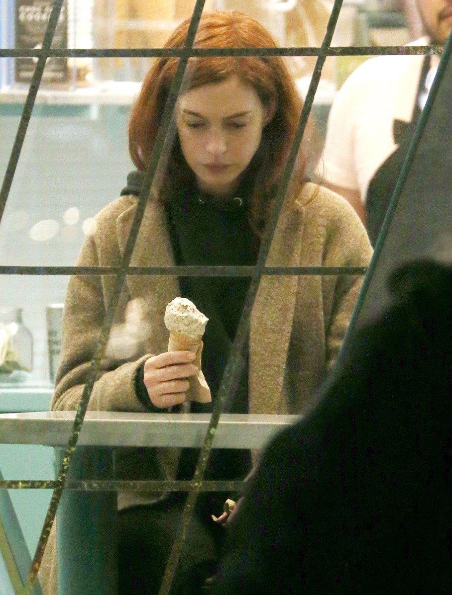 Stars Scream For Ice Cream Anne Hathaway