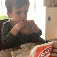 These Celebs Got Popeyes Chicken Sandwich Before It Sold Out Billy Kimmel