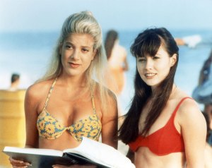 Tori Spelling and Shannon Doherty on Beverly Hills: 90210