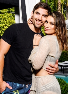 This Is What Ashley Iaconetti Jared Haibon Gave Wedding Guests
