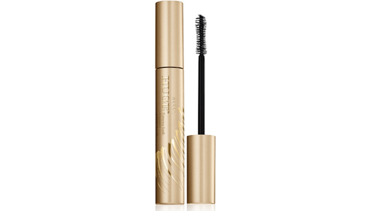So Many Reviewers Are Calling This $23 'Underrated' Mascara Their Favorite