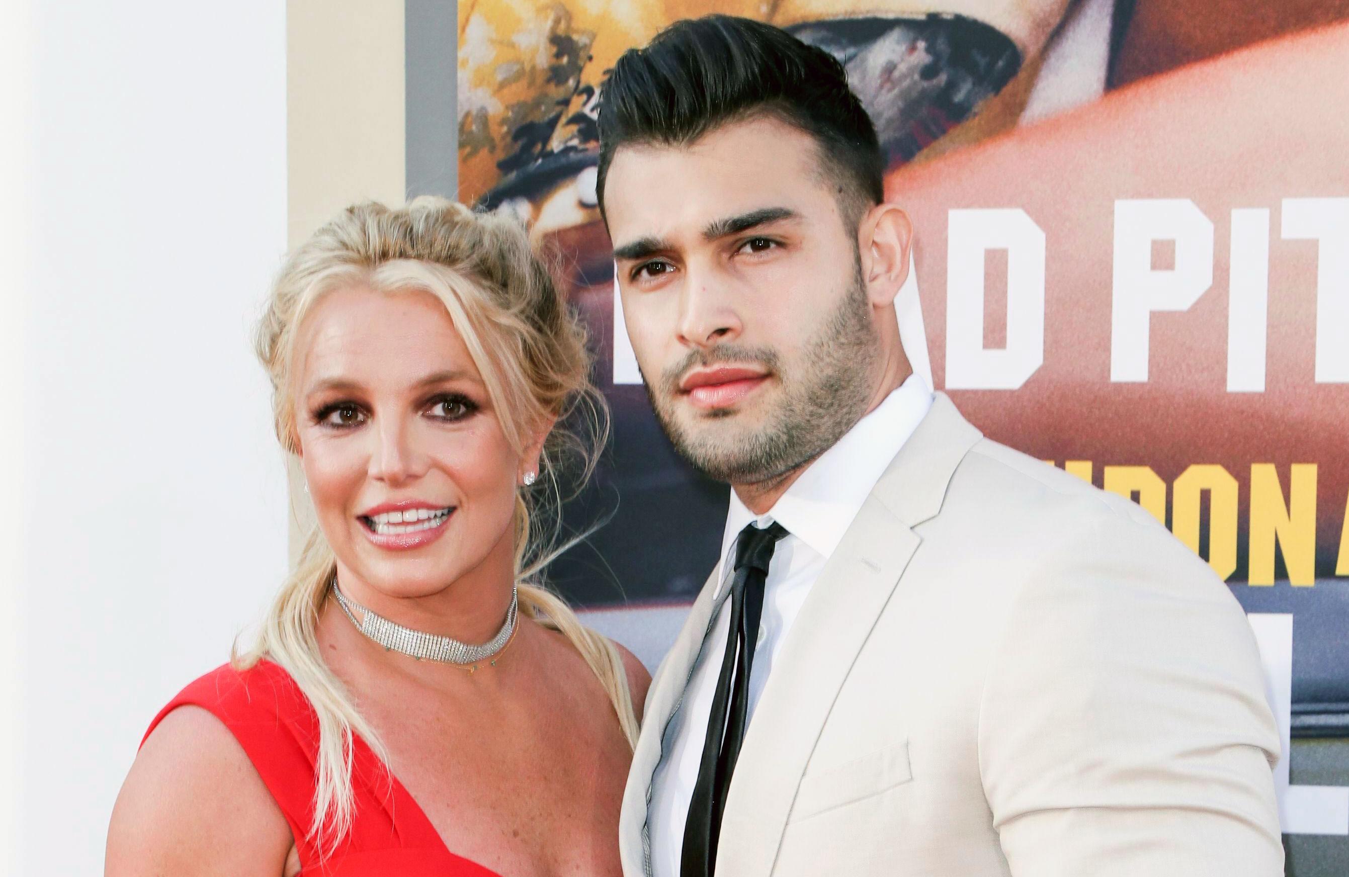 som er Britney Spears dating i 2016 Columbia University hekte