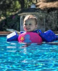 Celebrity Parents Teaching Their Babies to Swim