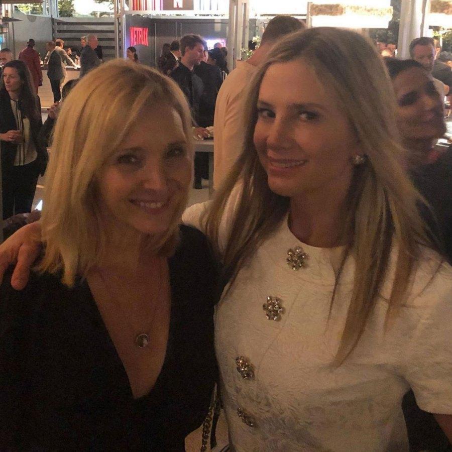 Costars Reunited Lisa Kudrow and Mira Sorvino Romy and Michele's High School Reunion