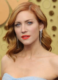 Emmys 2019 Drugstore Beauty - Brittany Snow