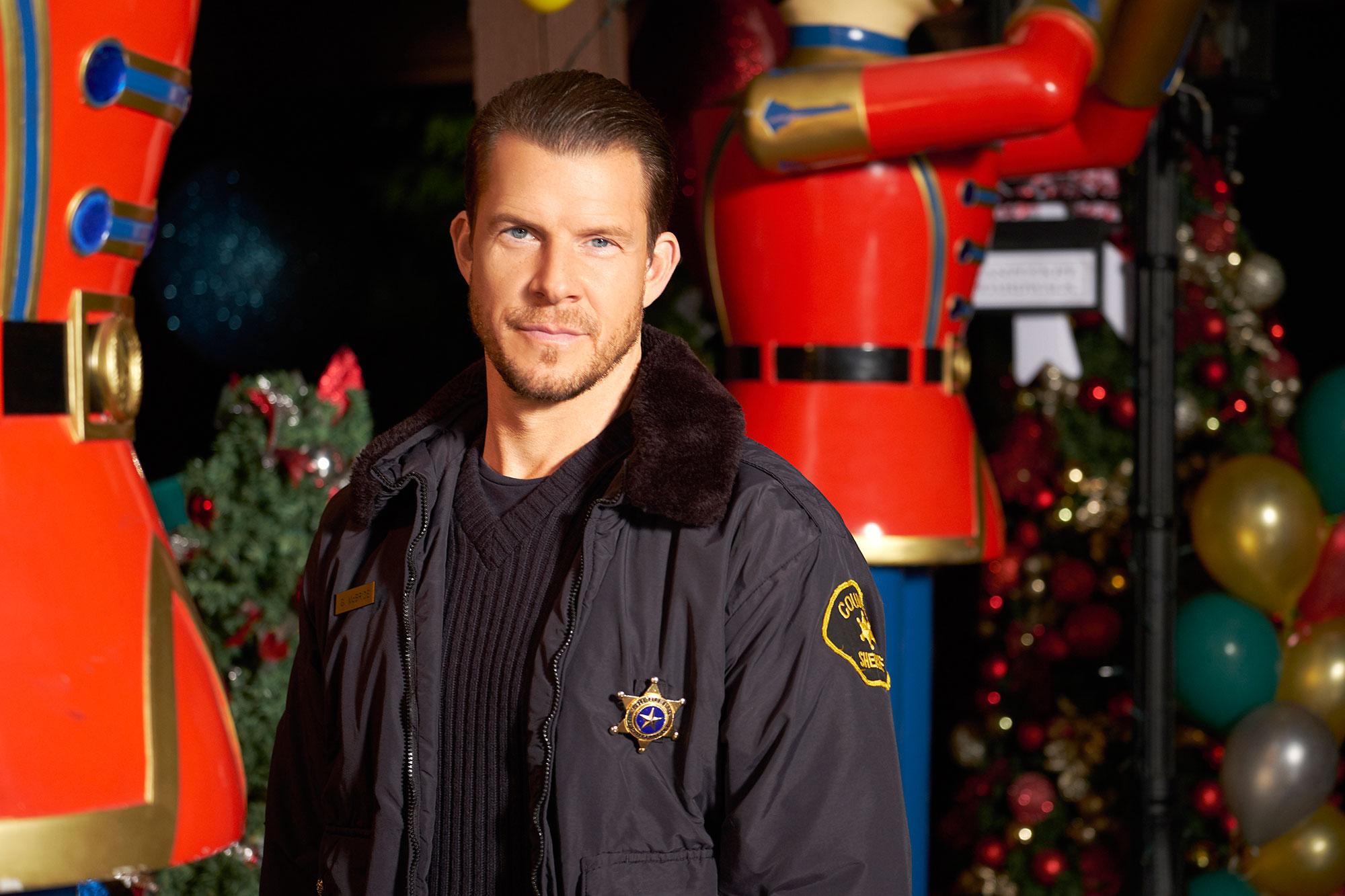 Christmas In Evergreen Tidings Of Joy.Hallmark Channel S Christmas Movie Lineup 2019 Full List