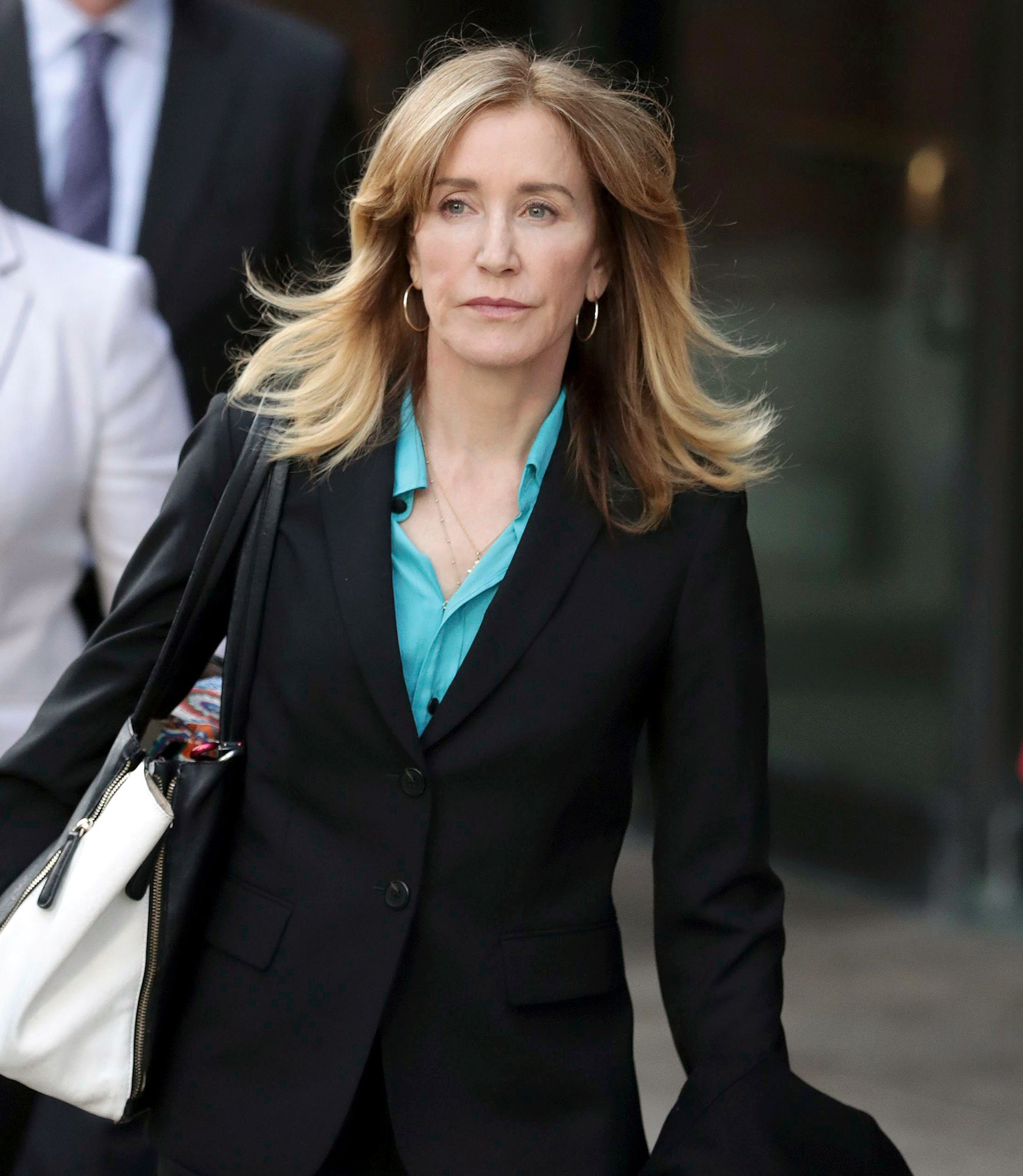 Felicity Huffman's Daughter Sophia Cried Over College Scandal