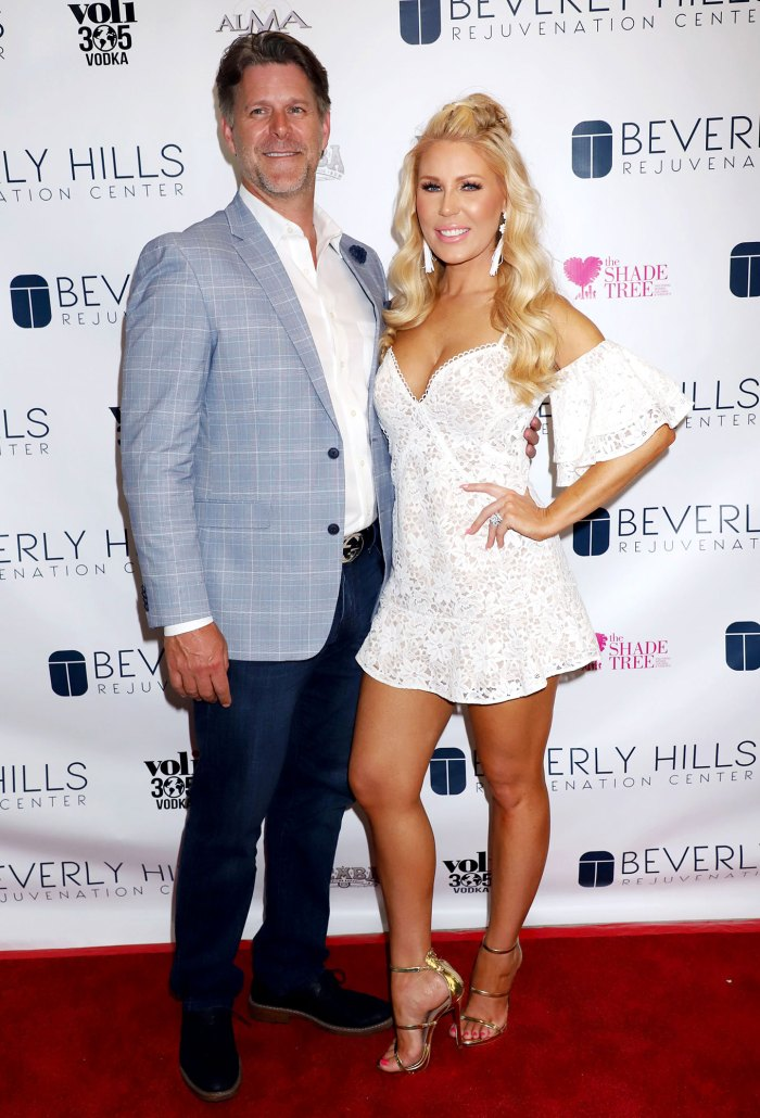 Gretchen-Rossi-White-Dress-Red-Carpet-Couldn't-Have-Survived-Postpartum-Depression-Without-Slade-Smiley