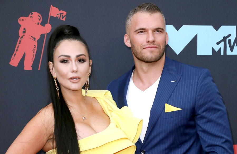 JWoww Raves Over BF Zach Days After Settling Divorce from Roger Mathews