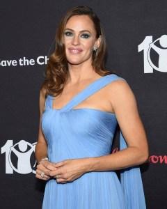 Jennifer Garner Smiling Blue Gown