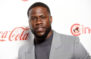 Kevin Hart Returns Home From Rehab After Car Accident