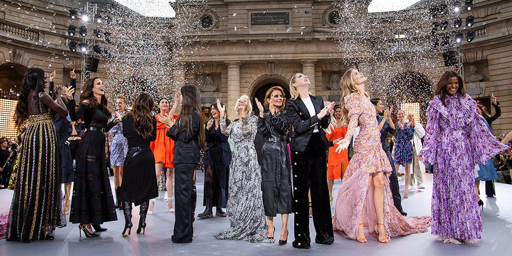 Helen Mirren, 74, and More Legends Hit the Runway for L'Oreal's 3rd-Annual Fashion Show During Paris Fashion Week