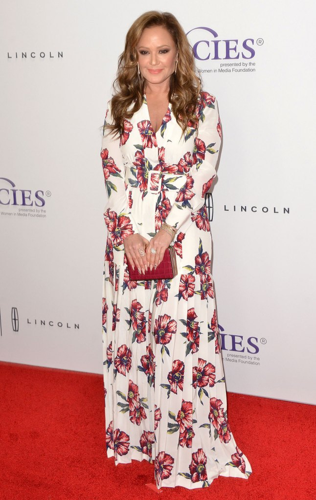 Leah Remini Had No Idea Her Dad Died A Month Ago Red Carpet Flower Dress