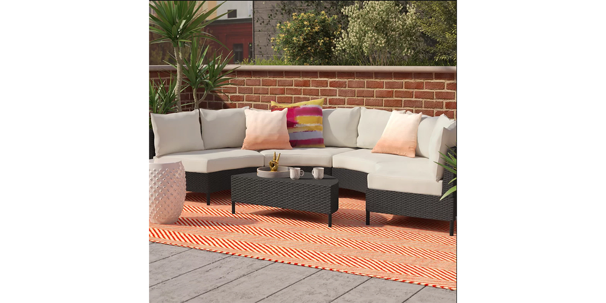 Outdoor-Furniture-Bench