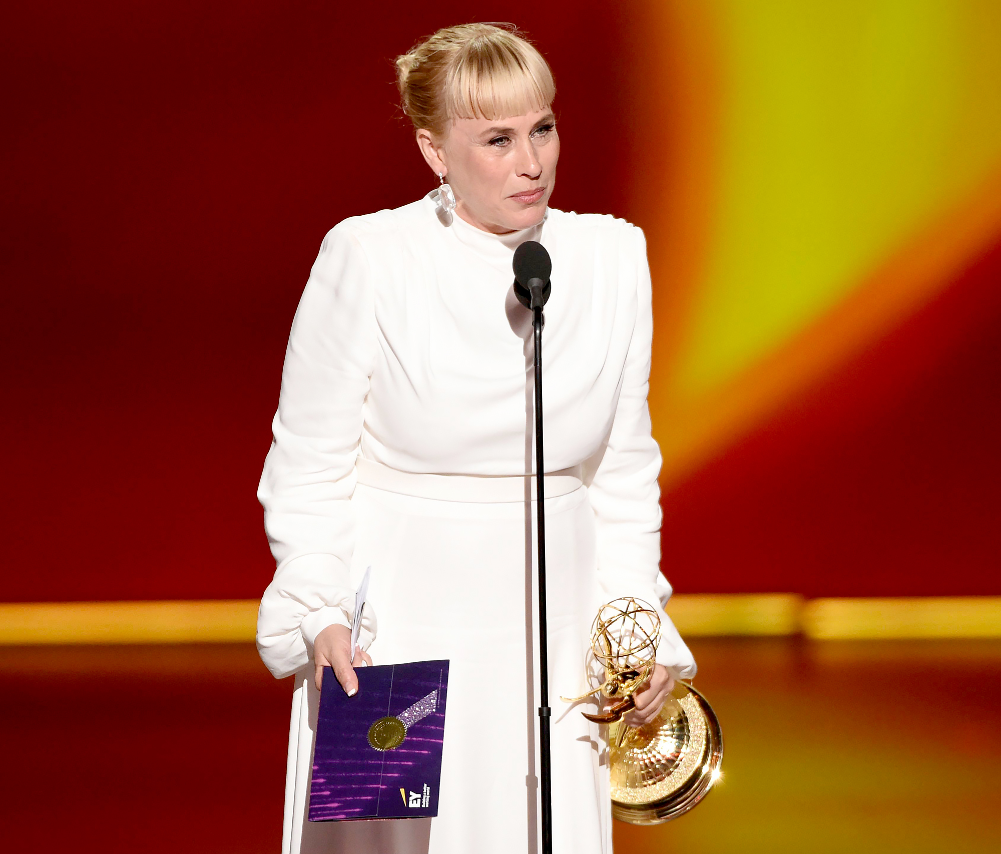 Patricia-Arquette-Tears-Up-Over-Late-Sister-Emmys-2019