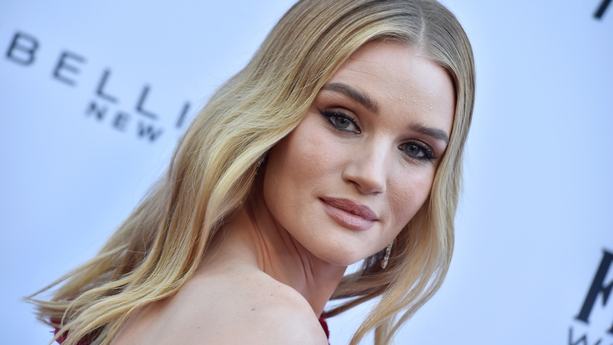 Rosie Huntington-Whiteley Keeps Her Locks Luscious With This Hair Mask She Calls a 'Hero'