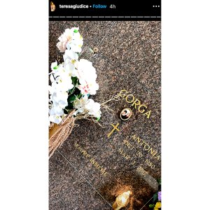 Teresa Giudice Visits Mom Grave Ahead of Joe's Court Hearing