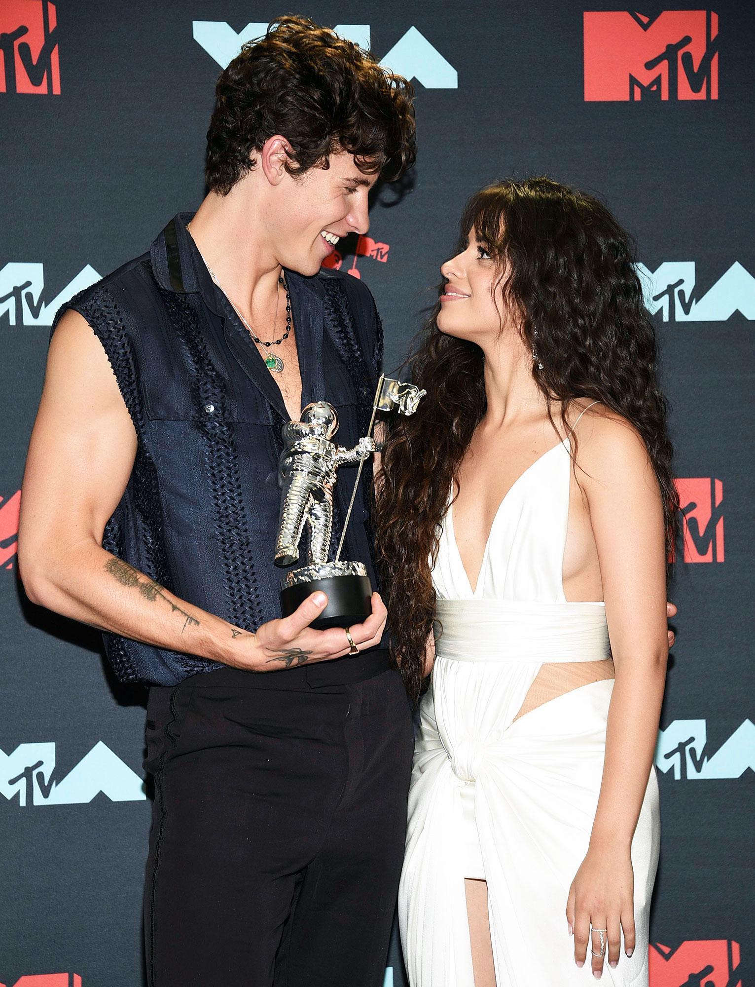 hawn Mendes and Camila Cabello MTV VMAs 2019 Sloppy Kiss Video