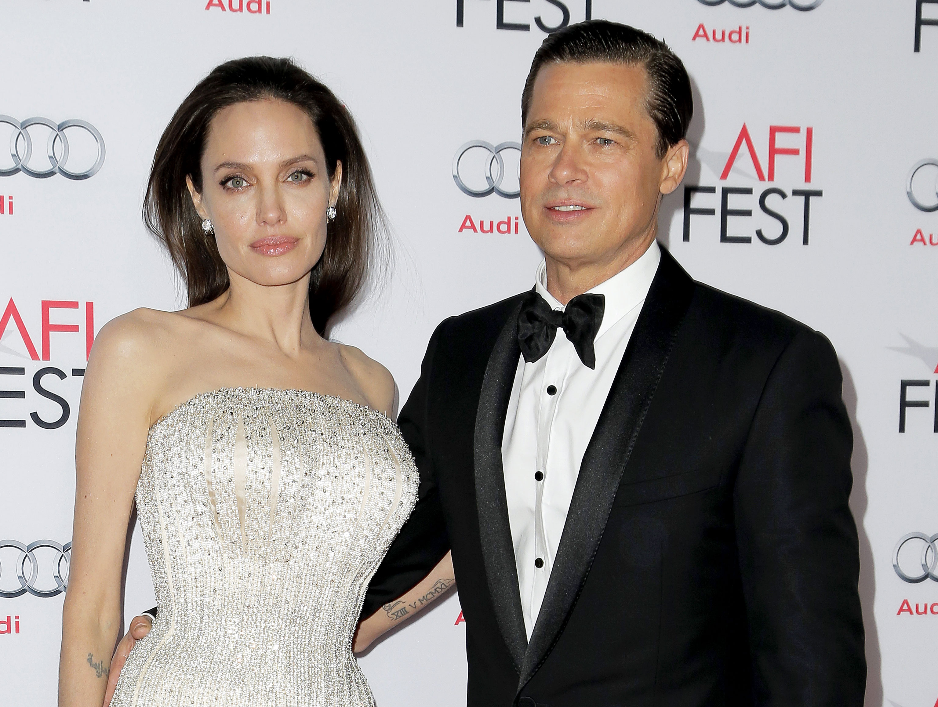 Brad Pitt And Angelina Jolie Wedding