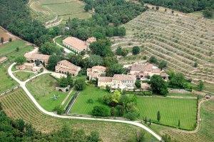 Brad Pitt Angelina Jolie Divorce Miraval Estate Sticking Point