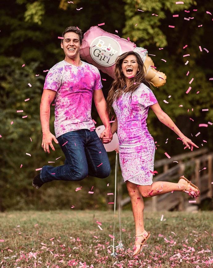 Carlin Bates and Evan Stewart Gender Reveal Taryn Yager Photog Instagram