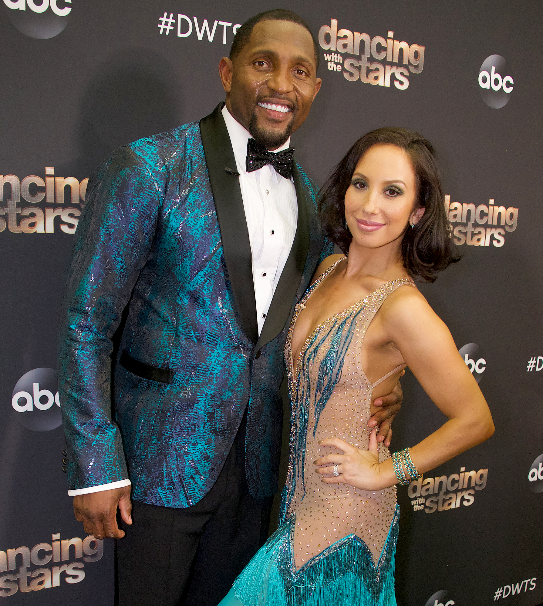 Cheryl-Burke-audience-DWTS-Ray-Lewis-exit