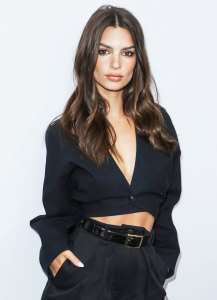Emily Ratajkowski Shares a Horror Story About a Time She Cut Her Own Hair, So Now She Swears By Wigs