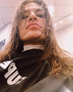 Eva Mendes Isn't Afraid of a Bargain Salon, Gets Her Latest Layered Haircut at Supercuts